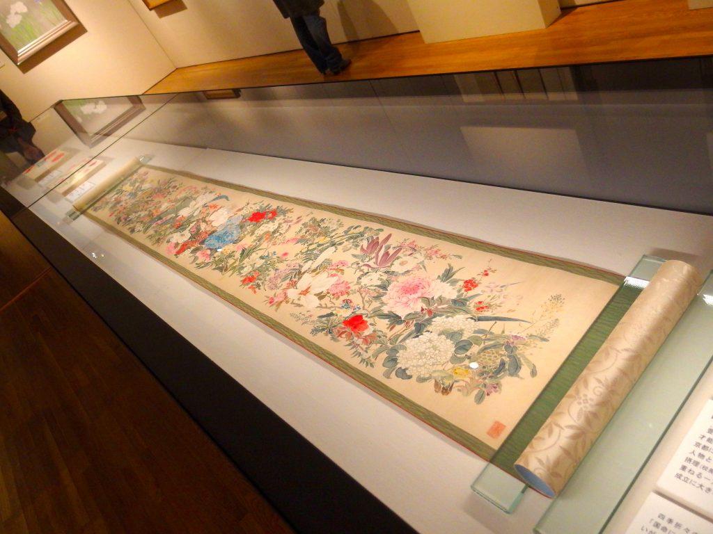 田能村直入「百花」(1869年、絹本彩色)展示風景
