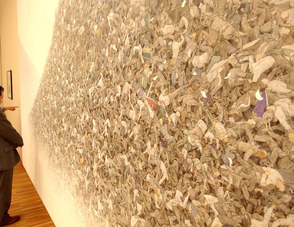 b会田誠「灰色の山」(部分2,タグチアートコレクション)