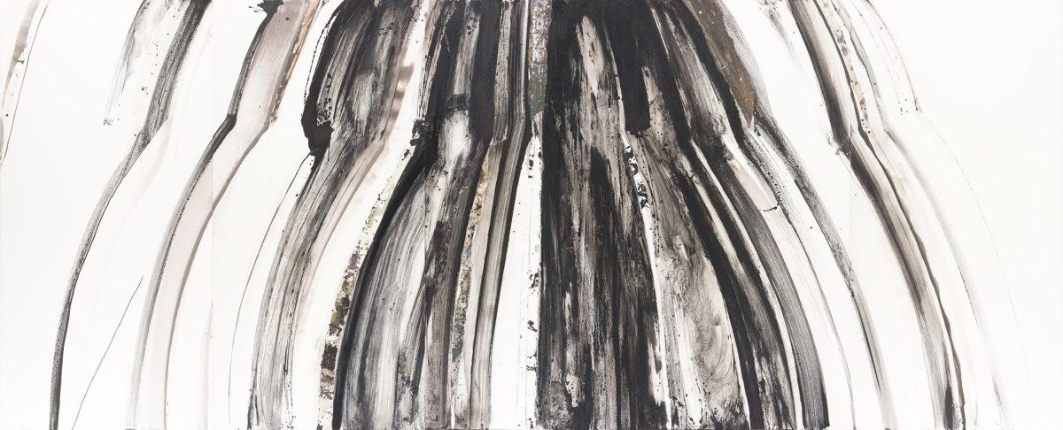土の記憶2010-51 2010年, 紙に岩絵の具、他, 182×450cm